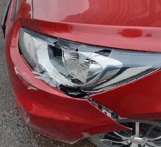 Неустановленный водитель совершил ДТП и скрылся в неизвестном направлении