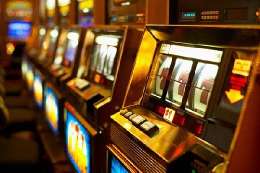 Игровые автоматы, и как вернуть жену как будет по английски играть в карты