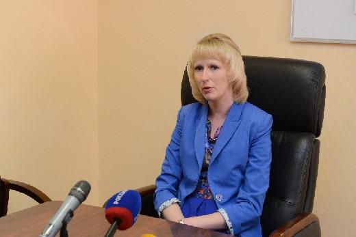 Уволена начальник департамента Смоленской области по строительству и ЖКХ