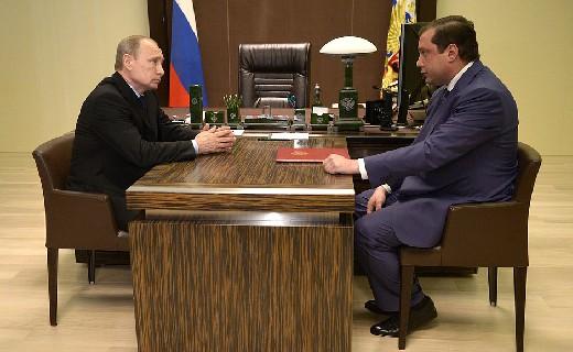 Губернатор Островский получил благодарность от президента