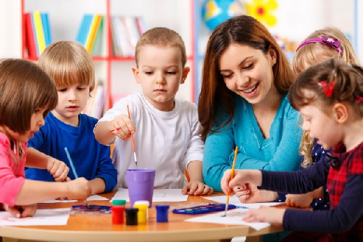 what aspects of montessori environment and education keep the child in touch with reality When the child goes out montessori education and montessori was an early proponent of experiential learning and considered the outdoor environment a natural.